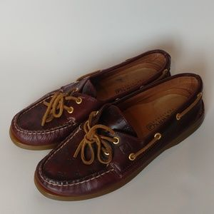 Sperry burgundy leather moccasins boat shoes